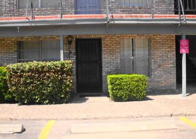 Condo/Townhouse For Sale: 6700 Escondido Drive #E3