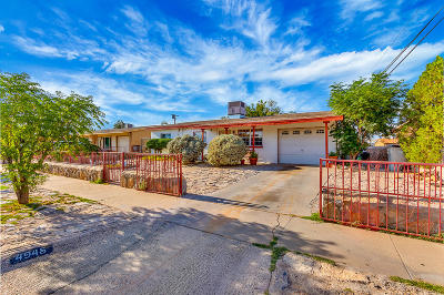 Single Family Home For Sale: 4945 Meade Court