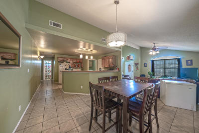 Single Family Home For Sale: 107 Fourth Street