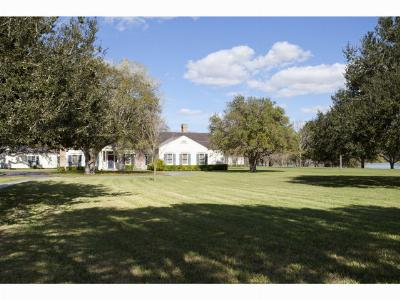 Weslaco Single Family Home For Sale: 1220 N Lion Lake Drive