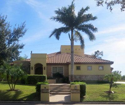 Mission Single Family Home For Sale: 929 Rio Grande Drive
