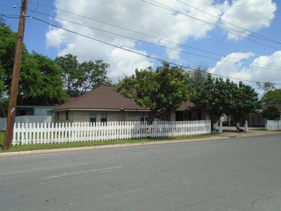 McAllen TX Single Family Home For Sale: $145,000