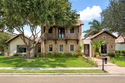 McAllen Single Family Home For Sale: 8117 N 1st Street