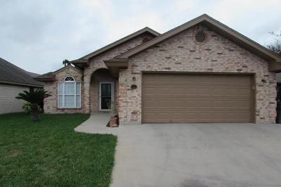 Harlingen Single Family Home For Sale: 139 Willow Circle