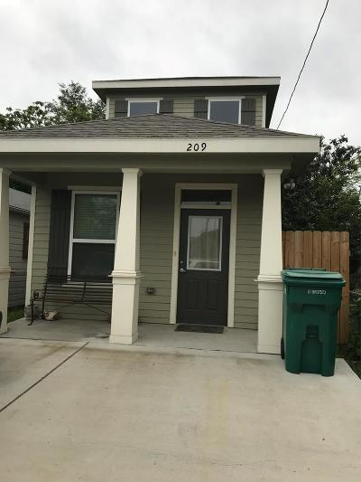 Pharr Single Family Home For Sale: 209 Clark Street