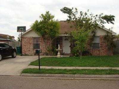 Pharr Single Family Home For Sale: 811 W Dipper Avenue