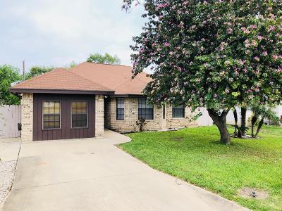 Pharr Single Family Home For Sale: 811 E Helmer Street