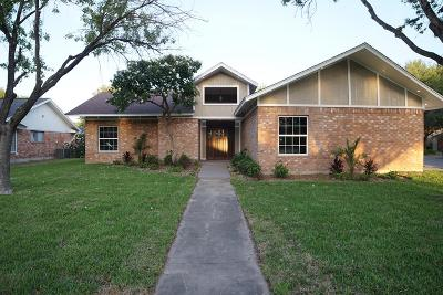 McAllen TX Single Family Home For Sale: $259,900