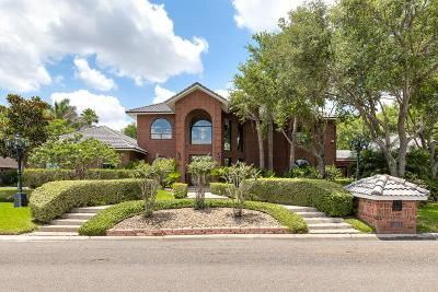 Harlingen Single Family Home For Sale: 3303 Estates Drive