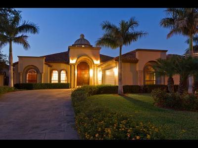 Mission Single Family Home For Sale: 3900 El Jardin