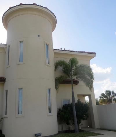 McAllen Condo/Townhouse For Sale: 1412 E Keeton Street #32