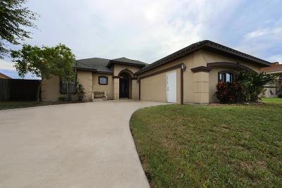 Pharr Single Family Home For Sale: 704 E Arapaho Avenue