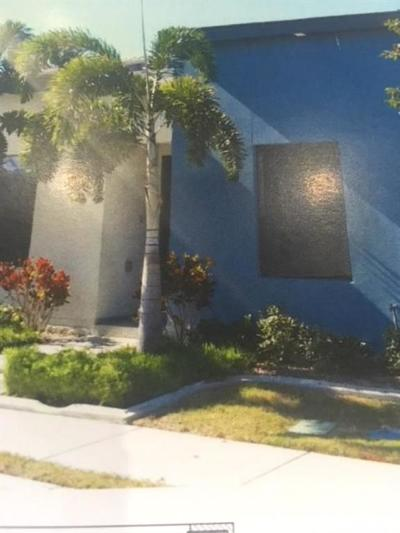 McAllen Condo/Townhouse For Sale: 9345 N 15th Street