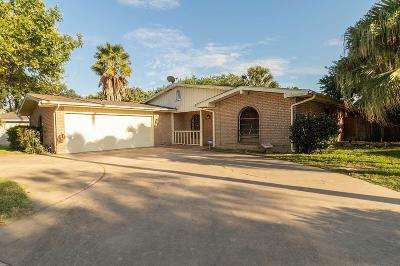 Harlingen Single Family Home For Sale: 5619 La Luna Circle