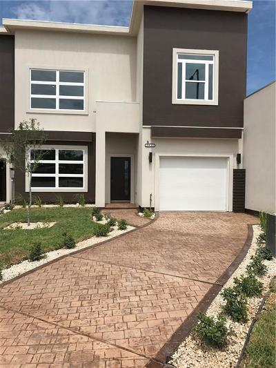 McAllen Condo/Townhouse For Sale: 2910 N 50th Lane