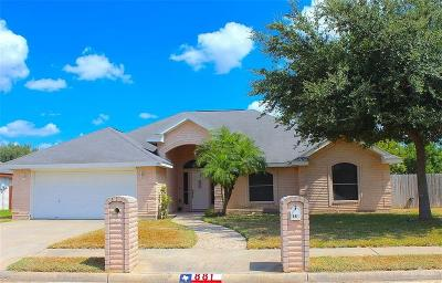 Weslaco Single Family Home For Sale: 881 Quail Hollow Drive
