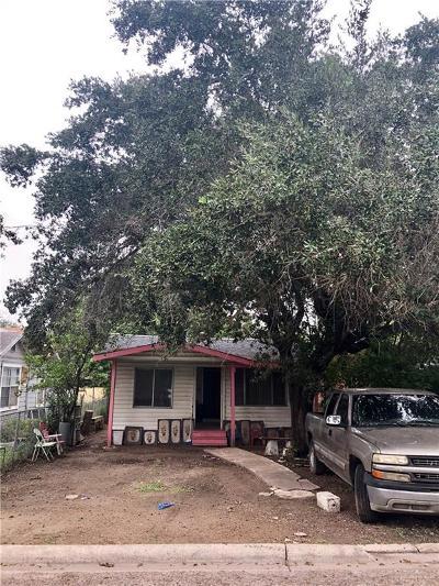 Pharr Single Family Home For Sale: 215 E Wright Street