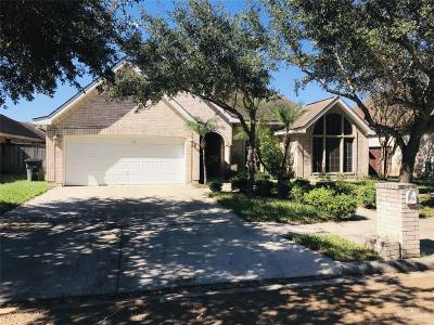 Mission Single Family Home For Sale: 3206 Santa Laura