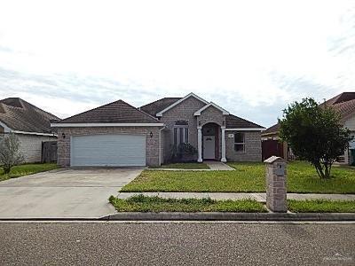 Pharr Single Family Home For Sale: 520 Canela Avenue
