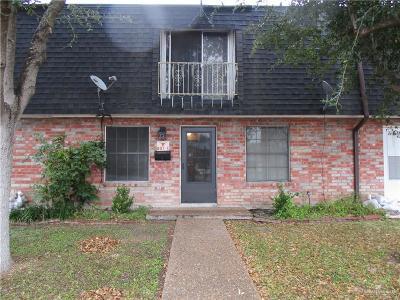 Weslaco Condo/Townhouse For Sale: 807 S Oregon Avenue #C