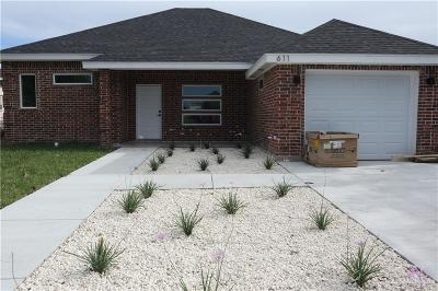 Pharr Single Family Home For Sale: 611 La Quinta Drive