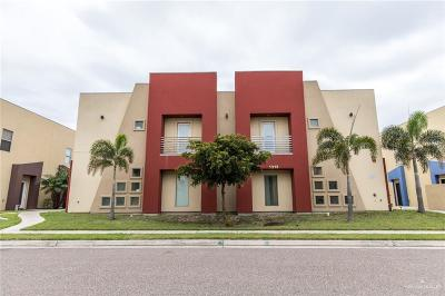McAllen Condo/Townhouse For Sale: 1313 E Daffodil Avenue #B