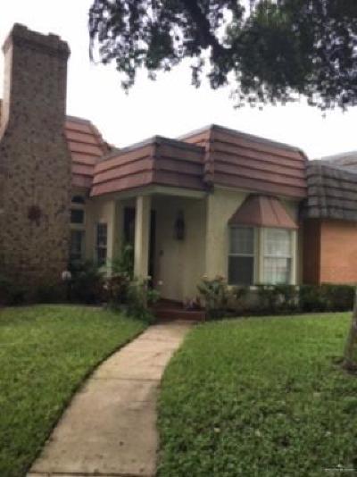 McAllen Condo/Townhouse For Sale: 3100 S Colonel Rowe Boulevard #11