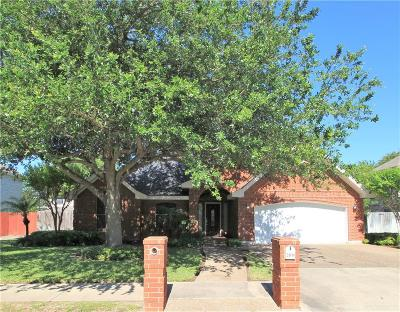 Mission Single Family Home For Sale: 3011 Wisteria