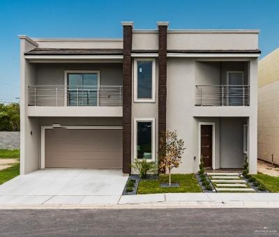 McAllen Condo/Townhouse For Sale: 6807 N 11th Lane