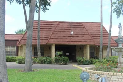 McAllen Condo/Townhouse For Sale: 200 Yuma Avenue #22