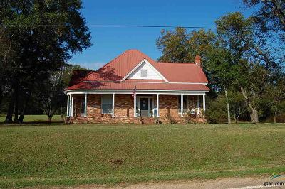 Pittsburg TX Single Family Home For Sale: $129,900