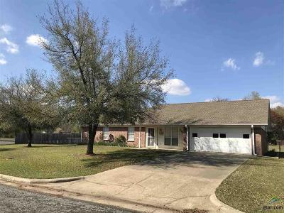 Mt Pleasant TX Single Family Home For Sale: $139,900