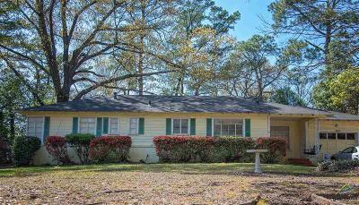 Tyler TX Single Family Home For Sale: $142,500