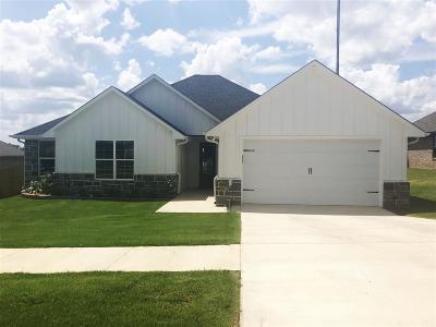 Bullard Single Family Home For Sale: 311 Bois D Arc