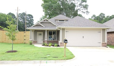 Tyler Single Family Home For Sale: 2947 Meadow Brook Trails