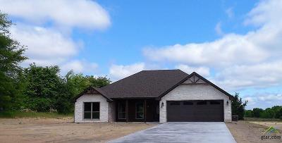 Lindale TX Single Family Home For Sale: $235,000