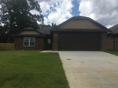 Flint Single Family Home For Sale: 6921 Vernado