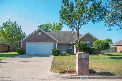 Whitehouse Single Family Home For Sale: 1605 Waterton Cir