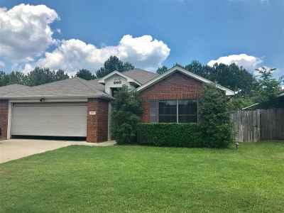 Flint Single Family Home For Sale: 20051 Meadow View Lane