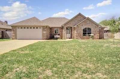 Bullard Single Family Home For Sale: 211 Bedford