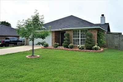 Bullard Single Family Home For Sale: 105 Ash Drive