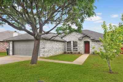Flint Single Family Home For Sale: 10818 Nashville Dr