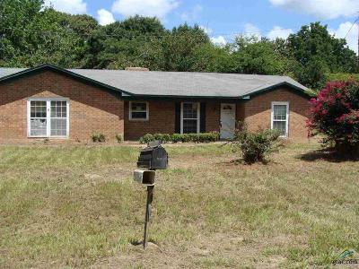 Single Family Home For Sale: 3919 Hwy 135 N