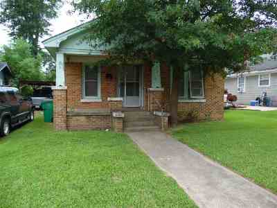 Henderson TX Single Family Home For Sale: $52,500