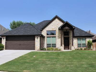 Flint Single Family Home For Sale: 18847 Spanish Oak Ct.