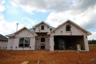 Lindale Single Family Home For Sale: 324 Kingdom Blvd