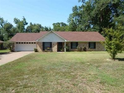 Upshur County Single Family Home For Sale: 1905 Azalea Street