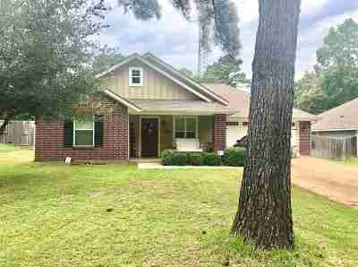 Chandler TX Single Family Home Sale Pending: $170,000