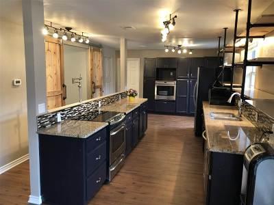 Whitehouse Single Family Home For Sale: 17958 Adele Lane