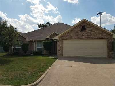 Whitehouse Single Family Home For Sale: 324 Amanda